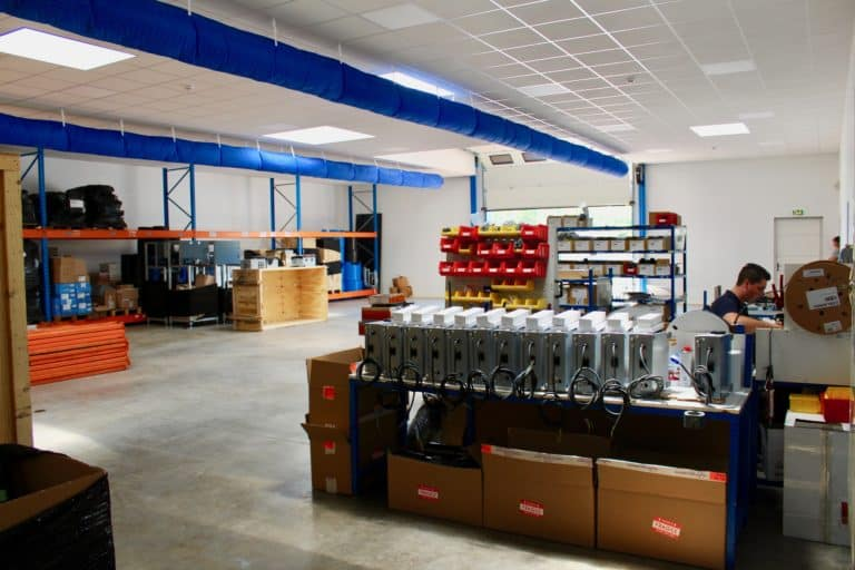 VITACLIM a climatisé le nouvel atelier Pool Technologie